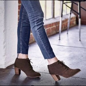 Tom's Lunata Lace Up Stacked Heel Suede Bootie